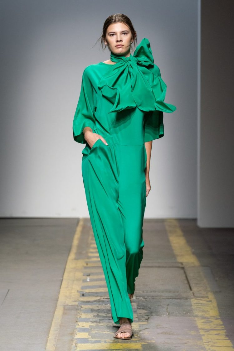 LOOK 8. BAV TAILOR_WION 2019_SHAKTI LEAF JUMPSUIT_green malachite